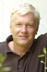 Simon Worrall