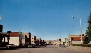 Small Town in Montana 1950s,  montanaroue.com