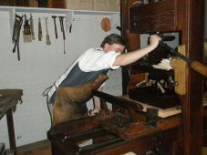 Printing shop, Colonial Williamsburg (wiki)