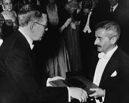 Faulkner accepts the Nobel Prize.