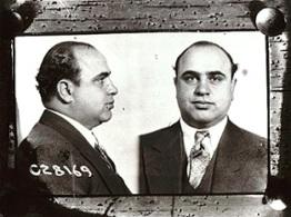 Al Capone's 1931 mugshot (chicagohs.org)