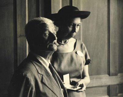 Welty presents the National Institute of Arts and Letters' Gold Medal for Fiction to William Faulkner in 1960, an award she received in 1972. (eudorawelty.org)