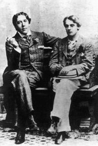Oscar Wilde (left) and Lord Alfred Douglas (Wikipedia.org)