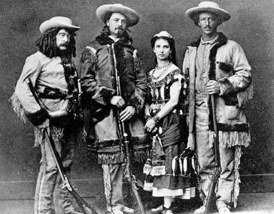 Ned Buntline, Buffalo Bill Cody, Giuseppina Morlacchi, Texas Jack Omohundro (wikimedia)